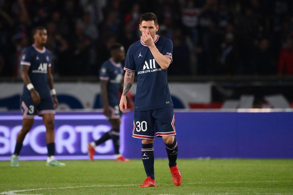 Messi PSG lesión rodilla izquierda